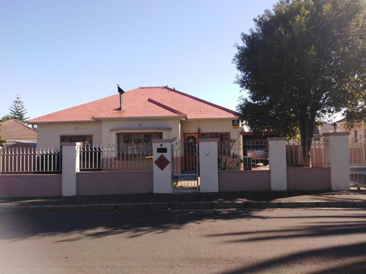 3 Bedroom House for Sale in Parow Valley, Parow - Western Cape