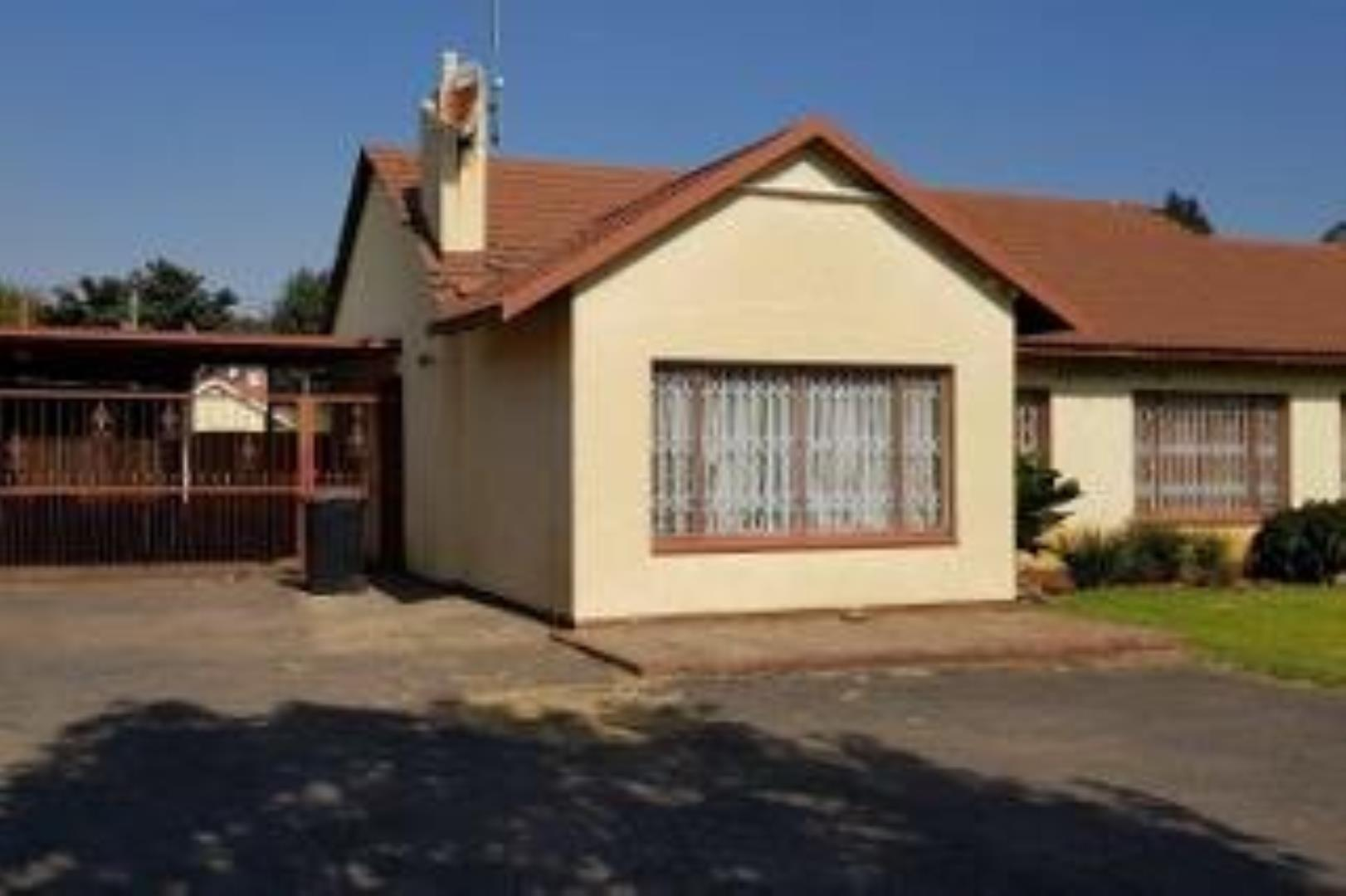 3 Bedroom House for Sale in Freeway Park, Boksburg - Gauteng