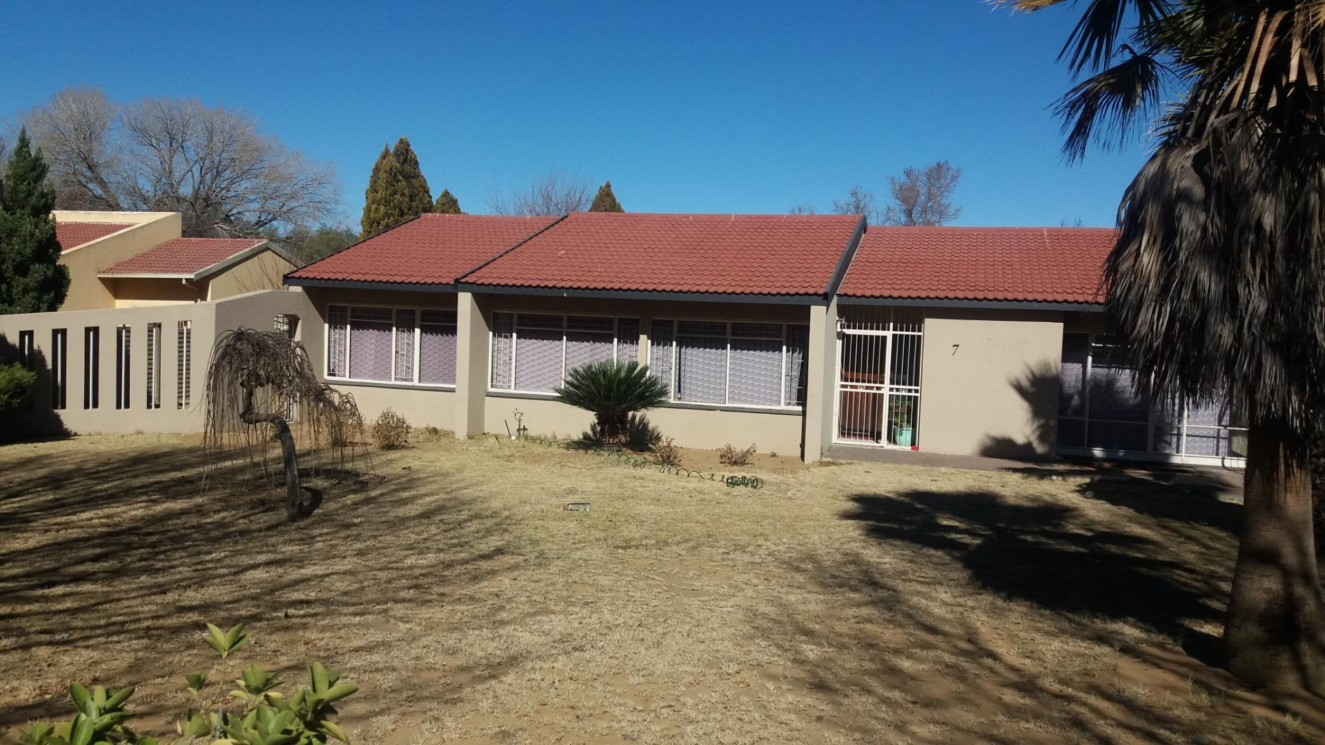 4 Bedroom House for Sale in Sasolburg Ext 3, Sasolburg - Free State