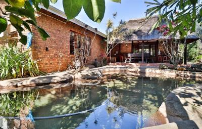 4 Bedroom House for Sale in Waterfall, Hillcrest - KwaZulu Natal