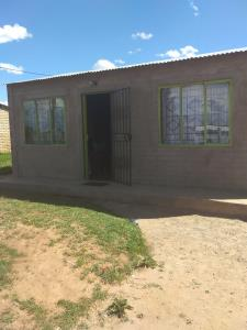 2 Bedroom House for Sale in Grasslands, Bloemfontein - Free State