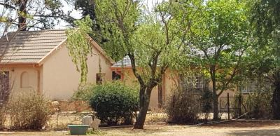 6 Bedroom House for Sale in Golf View, Walkerville - Gauteng