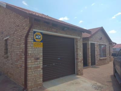 3 Bedroom House for Sale in Vista Park, Bloemfontein - Free State