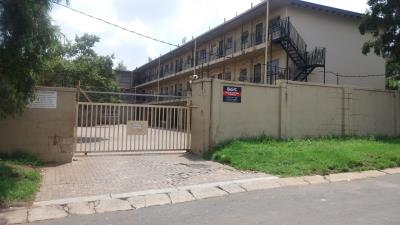2 Bedroom Apartment for Sale in Windsor, Randburg - Gauteng