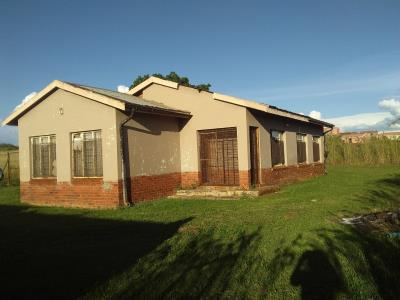 3 Bedroom House for Sale in Fairleigh, Newcastle - KwaZulu Natal