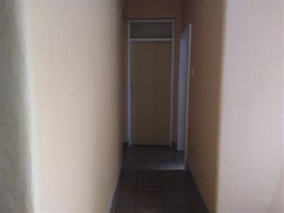 2 Bedroom House + Cottage/Flat for Sale in Peacehaven, Vereeniging - Gauteng