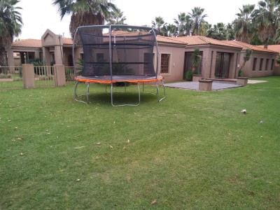 5 Bedroom House + Cottage/Flat for Sale in Three Rivers Proper, Vereeniging - Gauteng