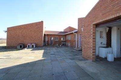 5 Bedroom House for Sale in Walkerville Manor, Walkerville - Gauteng
