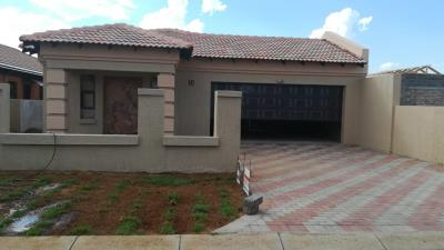 3 Bedroom House for Sale in Vanderbijlpark CE7, Vanderbijlpark - Gauteng