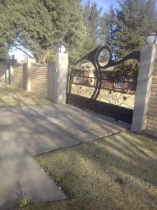 3 Bedroom House for Sale in Panorama, Bethlehem - Free State