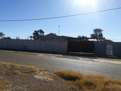 Industrial Property for Sale in Ennerdale, Johannesburg - Gauteng