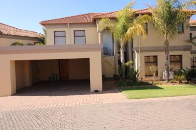 4 Bedroom House for Sale in Vaal Marina, Vaal Marina - Gauteng