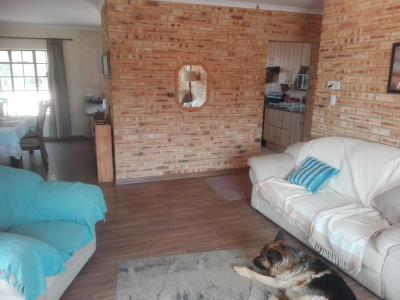 3 Bedroom House for Sale in Golf View, Walkerville - Gauteng